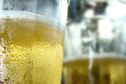 Alcohol: charity calls for 9pm watershed ad ban