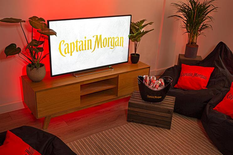 Captain Morgan: friends can enjoy some IRL gaming