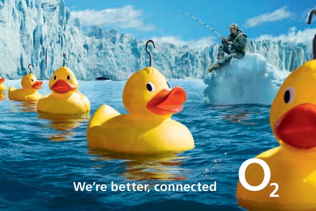 O2: shakes up marketing team