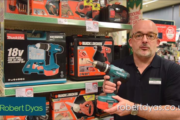 Robert Dyas: Christmas ad baffles viewers