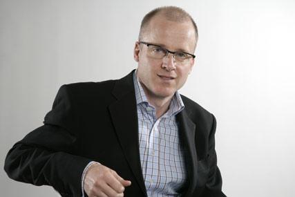 Davidson: will be replaced by John Baylon at Starcom MediaVest Group