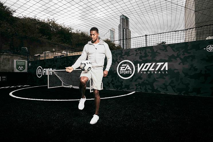 Fifa 20: Joshua designed pitch
