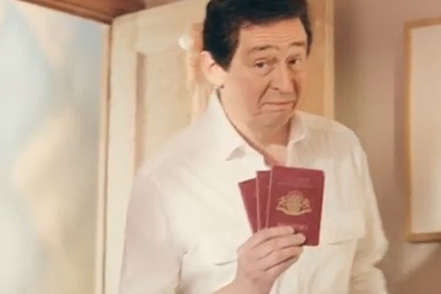 Aviva: 'holiday packing' TV spot starring Paul Whitehouse