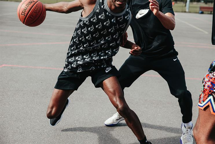 Foot Locker: local basketball infrastructure will be improved