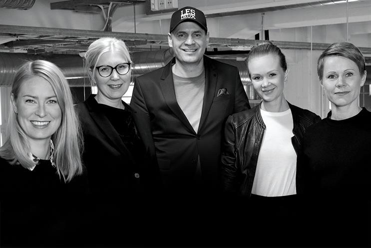 """(l-r) Nina Lallukka, Katja Gunnelius, Eka Ruola, Karoliina Harjula, Johanna Juuvinmaa: """"Being customer-obsessive adds value"""""""