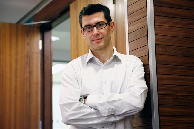 Facebook hires MEC's Steve Hatch as its first UK managing director