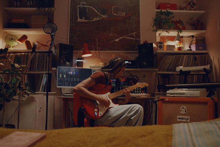 Virgin Media: artist Lava La Rue plays a budding singer-songwriter
