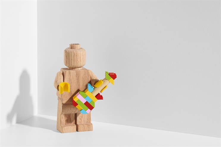 Lego: art gallery will also sell new limited-edition product