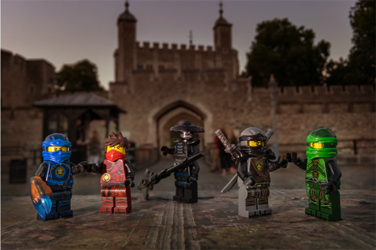 Lego to unveil pop-up in London