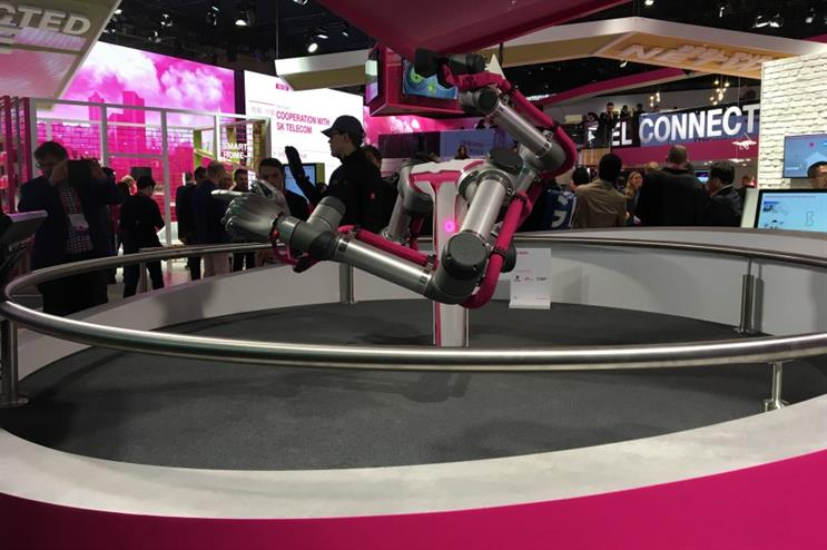 The T-Mobile stand uses robotics at Mobile World Congress 2017