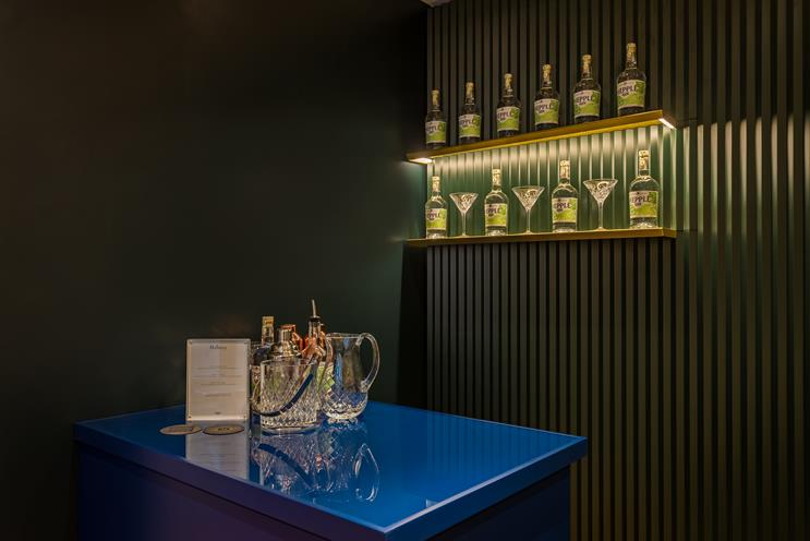 Mulberry creates pop-up gin bar