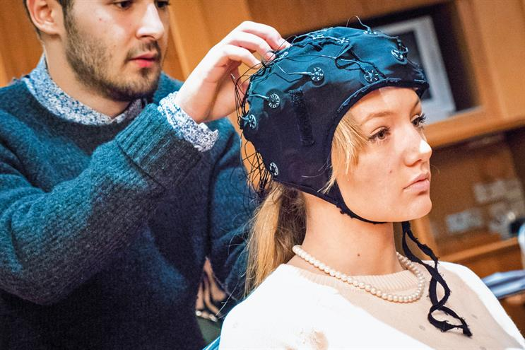 """Time to put your thinking cap on: """"an electrode cap using sensors tracks the speed at which electrical signals propagate through the brain"""""""