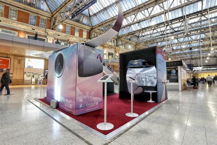 Qatar Airways stage VR experience in London Waterloo station