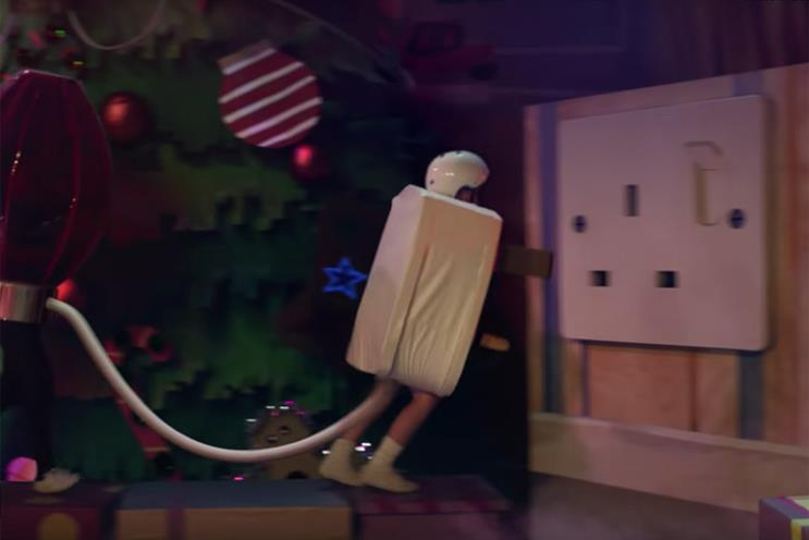 Complaints pour in over Sainsbury's Christmas 'plug boy'