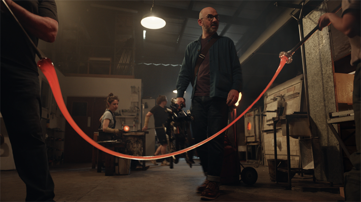 BT: spot follows the owner of a glass-blowing studio narrowly avoiding a series of calamities