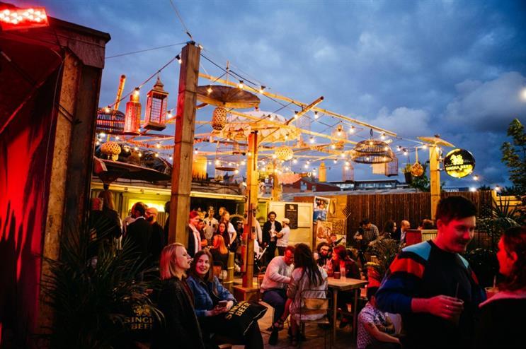Singha Beer: recreating a classic Thai street bar