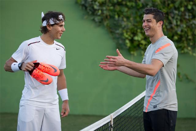 100% authentic 4fcf6 dc63a Nike Football Mercurial Vapor VIII Cristiano Ronaldo vs Rafa Nadal