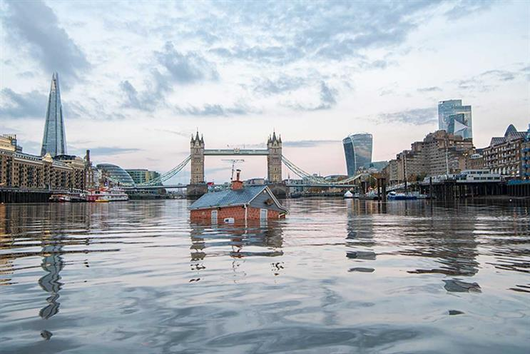 XR: stunt sought to highlight rising sea level