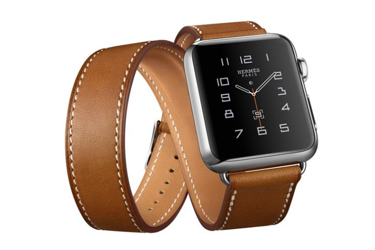 Apple Watch: no sales figures given, but the device helped drive record sales overall