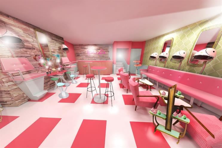 The pop-up will recreate beauty salons of the 1950s