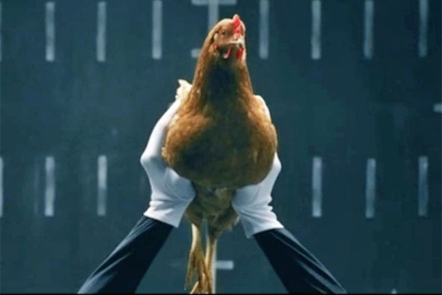 Mercedes-Benz: 'chicken' by Jung von Matt/Neckar