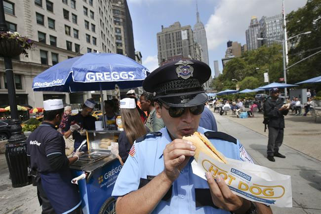 Greggs: promotes its hotdogs in New York