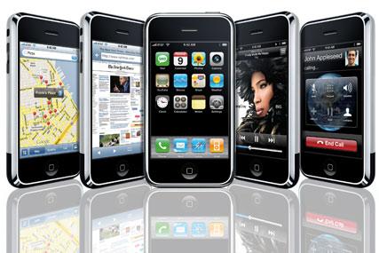 iPhone helps Apple defy downturn