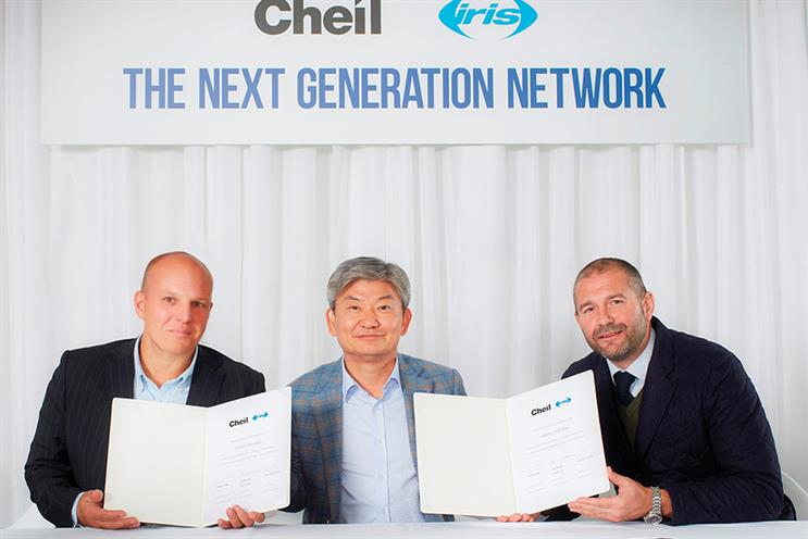 L-to-r: Iris co-CEO Stewart Shanley, Cheil Worldwide CEO, Daiki Lim, and Iris co-CEO Ian Millner