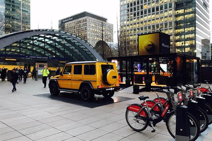 Mercedes-Benz cars rev up for tour of London