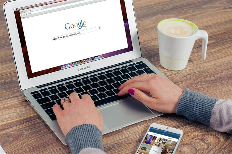 Google appeases publishers by ending 'first click free' and helping to sell subscriptions