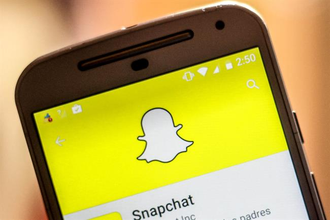 Snapchat: largest market, the US, shrank last year