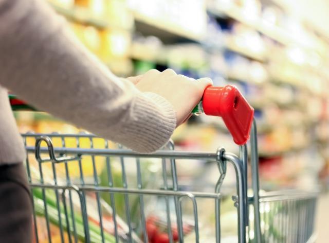 Supermarkets hit by 0.2% Christmas decline, despite 'Black Friday' boost