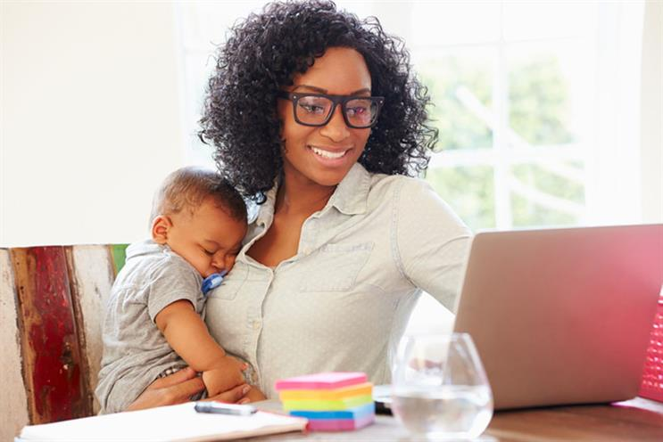 Majority of working mothers are sacrificing salary for flexiblity