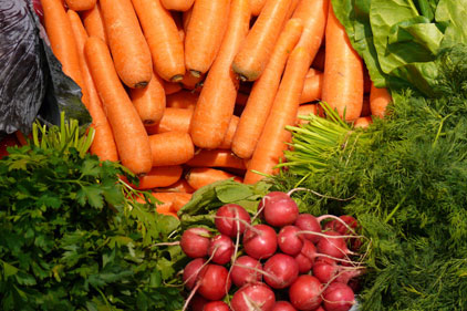Market veg: side by side with PR tactics