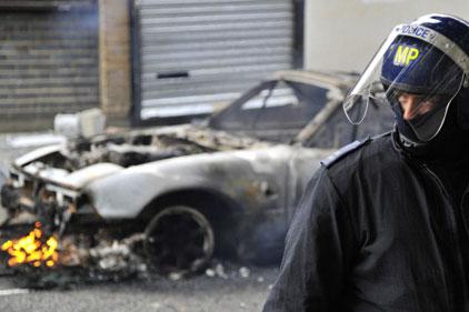 Third night of riots: destruction spreads