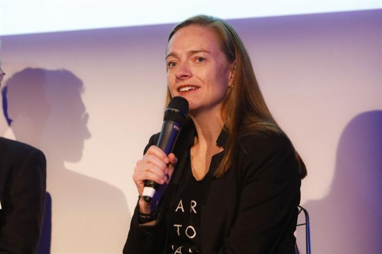Allison Tummon Kamphuis speaking at the event