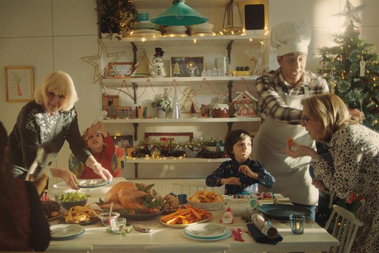 Asda's discount Christmas campaign brings back earnest fan Sunny