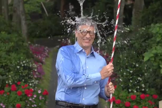 Bill Gates takes the ice bucket challenge.