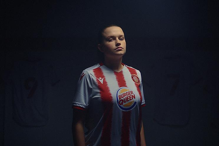Watch: 'Burger Queen' backs Stevenage FC's women's team
