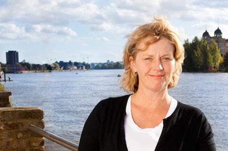 Rachel O'Connor, Siren Communications - Escape the economic blues