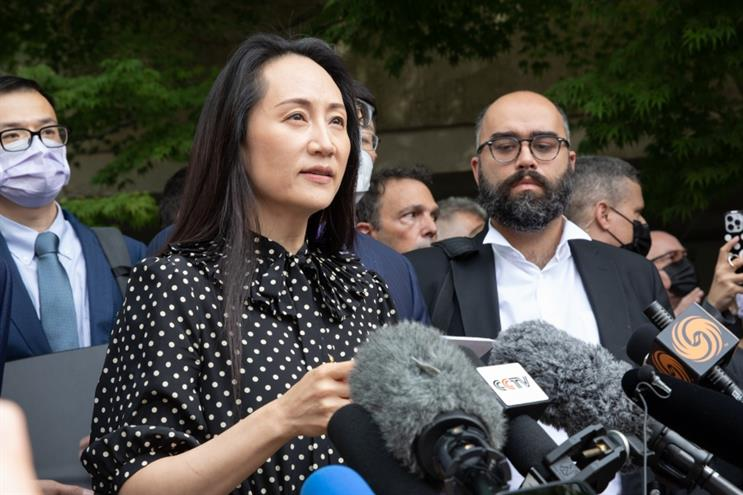 Huawei CFO Meng Wanzhou speaks to the media following her extradition hearing in Canada. (Getty Images)
