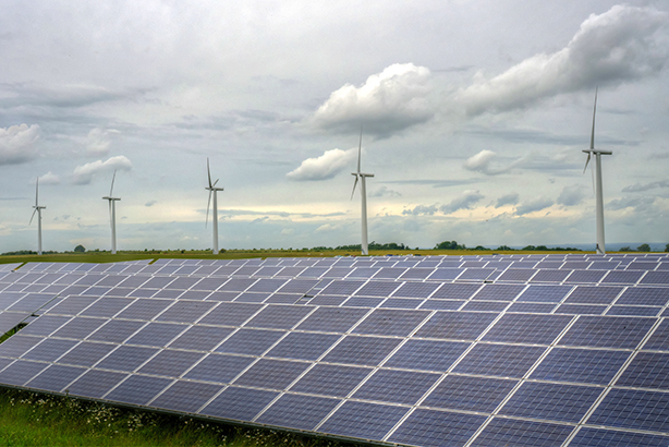 The Government's Green GB Week campaign will promote the benefits of the low-carbon economy (Pic: Westmill Solar and Wind Farm Matthew Margot/Getty Images)
