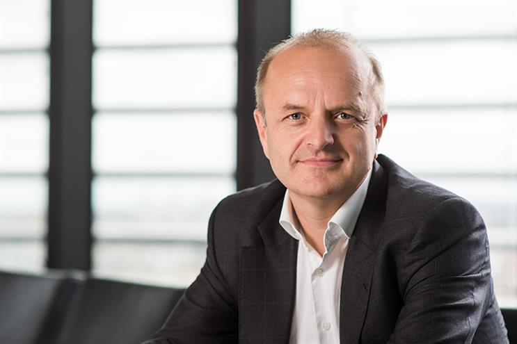 Teneo UK CEO Gordon Tempest-Hay to step down