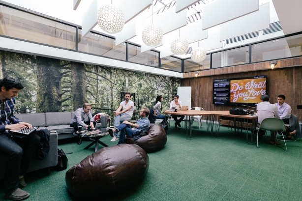 An inside look at WeWork's West Broadway Lounge. Image via WeWork