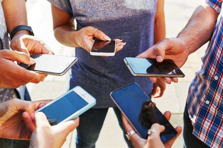 Coronavirus sparks huge jump in social media use, study finds