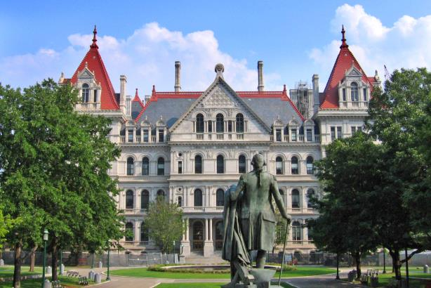 The New York State capitol building, Albany, NY. (CC BY 2.0)