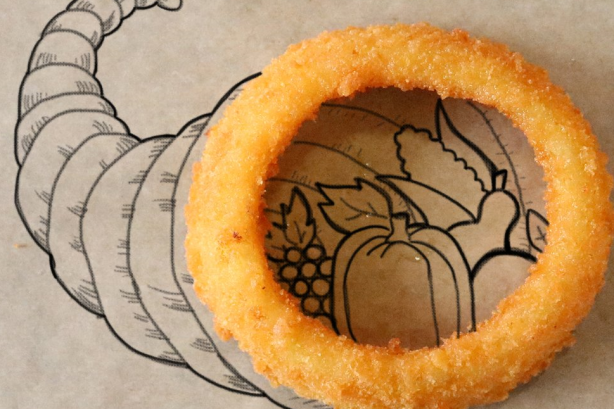 15 ways brands are serving up Thanksgiving tweets