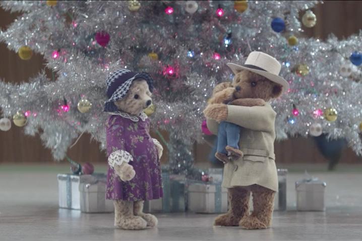 Heathrow teddy bears return for Christmas campaign with added seasonal surprises