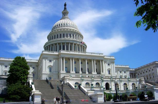 Senator wants federal government to open its books on PR spending