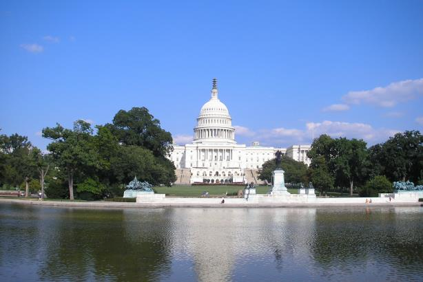 Nonprofit puts a price tag on federal PR activity